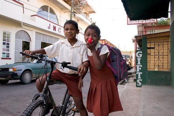 school-children-san-ignacio-belize